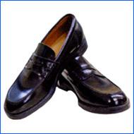 高校靴西男子